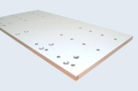 Panneaux nid d'abeilles et alaise en hêtre massif (ép.10mm). Inserts par rivetage aveugle.