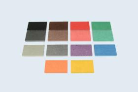 Plaquettes MDF (fibres de bois) coloré dans la masse, nuancier 10 couleurs Valchromat©.