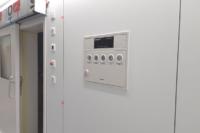 Panneaux HPL usinés pour encastrement des appareils et boîtiers, réalisés sur plan.